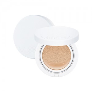 Magic Cushion Moist Up_No.23